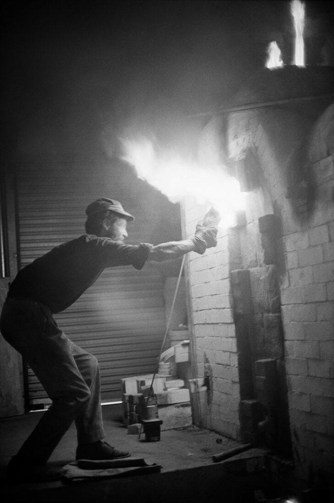 Les Blakebrough firing kiln, 1960s